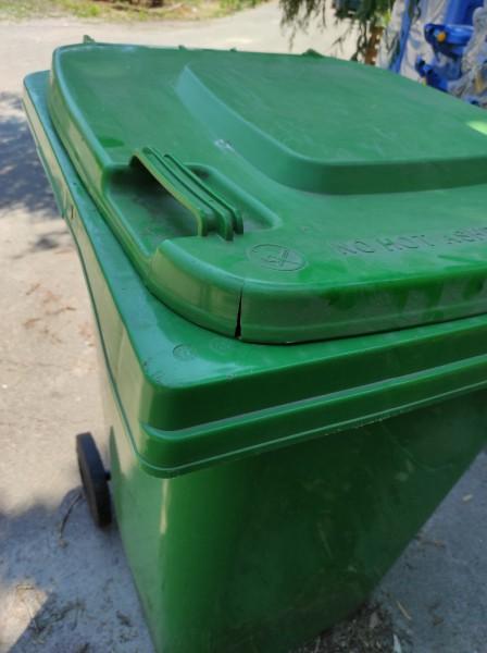 Бак для сміття пластиковий 360 л., зелений. 360А-2G. (уцінка) - Фото №4