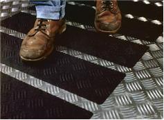 Протиковзка стрічка 3m Safety-walk формована для нерівних поверхонь 510, чорний колір 51 мм. FN510041257 - Фото №2