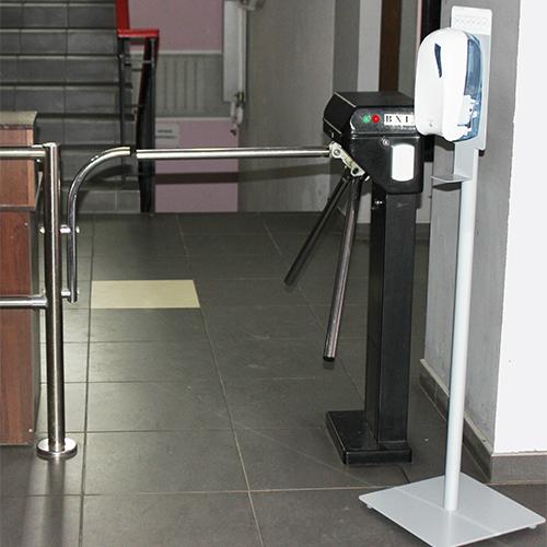 Стійка-тримач автоматичних дозаторів для дезінфекції.  D0102Black - Фото №4
